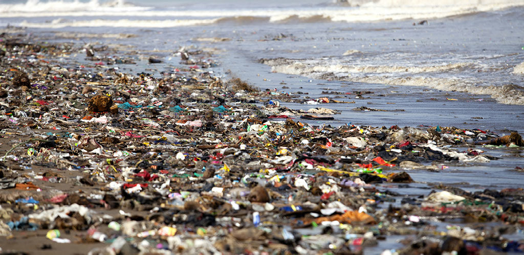 Expanse of macro- and microplastic debris in the sea, due to irreversible earth's hydrosphere plastic pollution